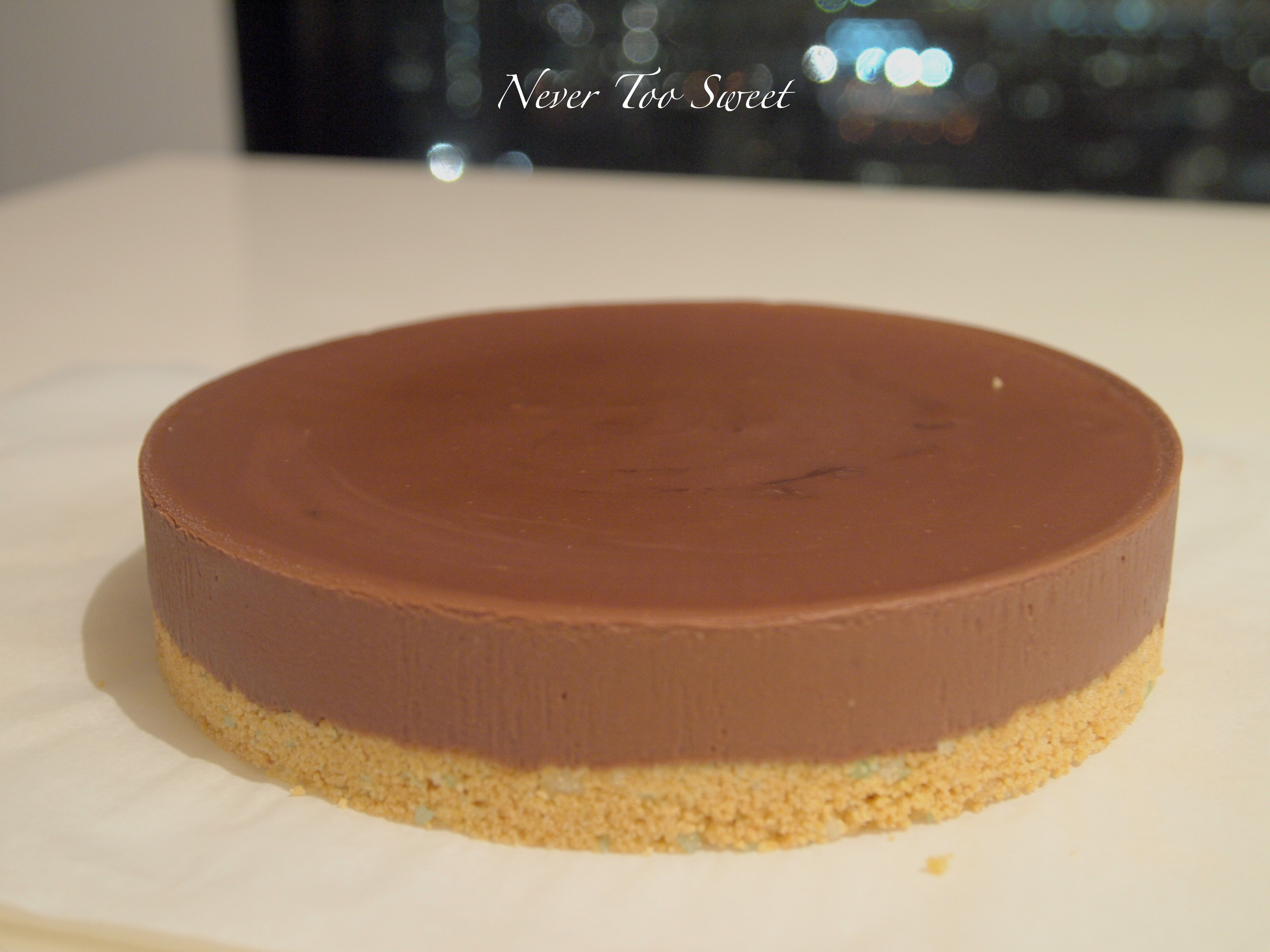Chocolate gateau flan