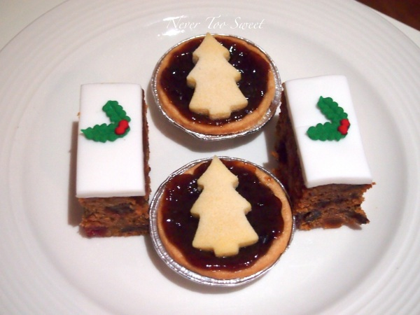 Fruit Mince Tart and Christmas Cake