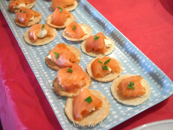 Smoked salmon, cream cheese on crackers