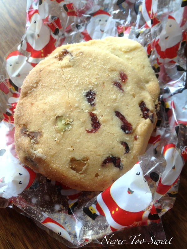 Cranberry, Pistachio and Cardamon Shortbread