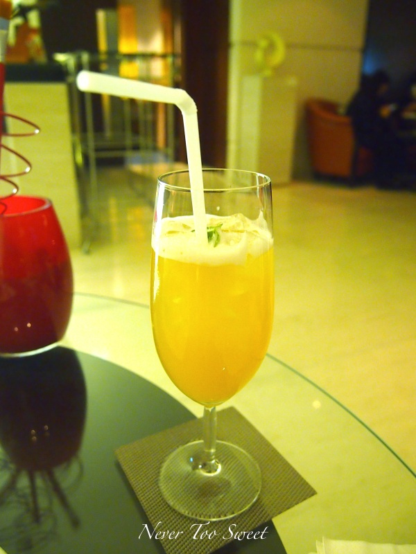 """Piggy Hug"" Cocktail - Vodka, Grand Marnier and Pineapple Juice $90HKD ($11.25AUD)"