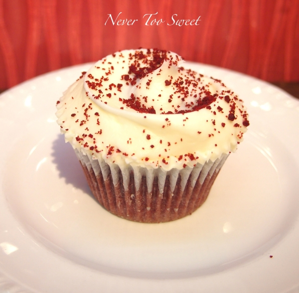 Red Velvet Cupcake £3.15GBP dine-in ($4.72AUD)