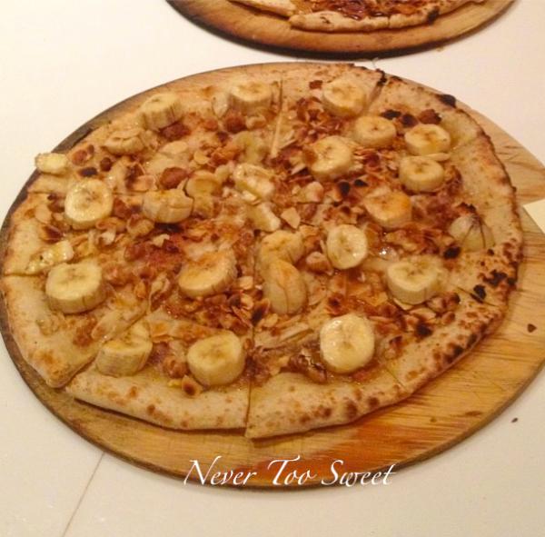 Lianne's 'Banana Nut Cracker' Pizza