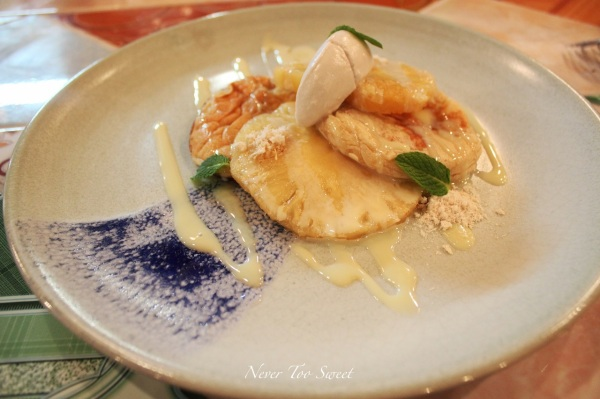 Will's Coconut pancake, smoked pineapple, lemongrass sugar and condensed milk $14.5
