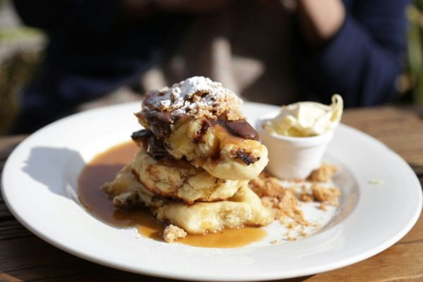 Hotcakes - PB crumble, banana and chocolate with salted caramel and double cream $15.5AUD