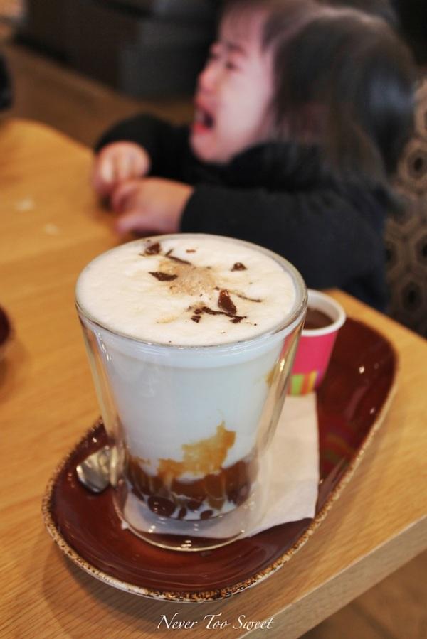 Snicker hot chocolate dark - $7.5