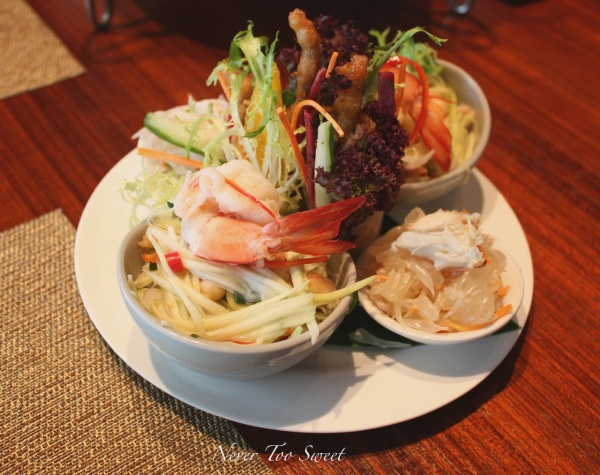 Green papaya salad, grapefruit salad and rice paper rolls