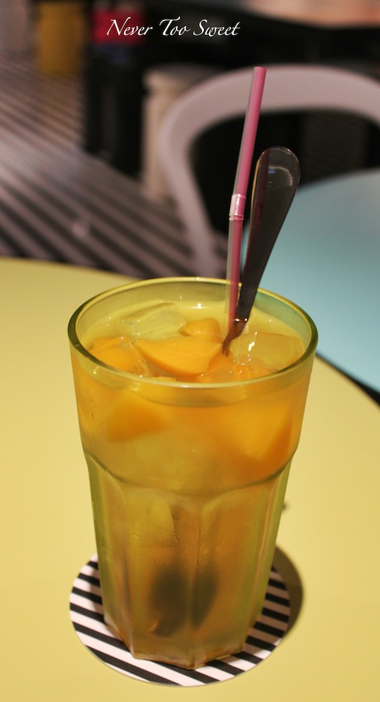 Peach tea $65HK ($8.5AUD) +10% Service Charge
