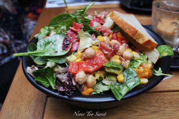 Lianne's DIY Salad $11