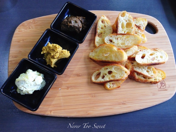 Tasting plate to share $10