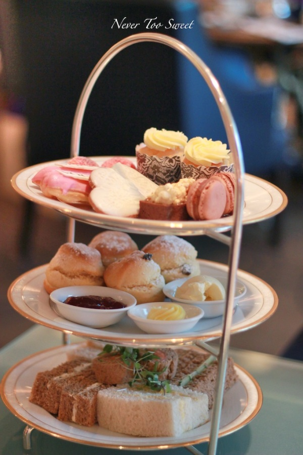 Vogue High Tea set