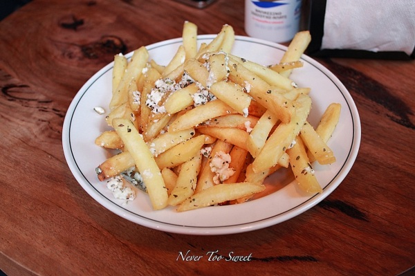 Chips with garlic oil, feta and oregano $6