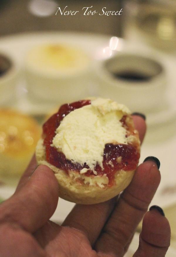 Cream first? Jam first?