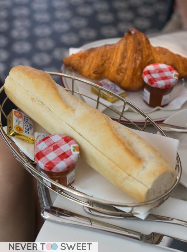Le Petit-Dejeuner 'Continental' $19.9