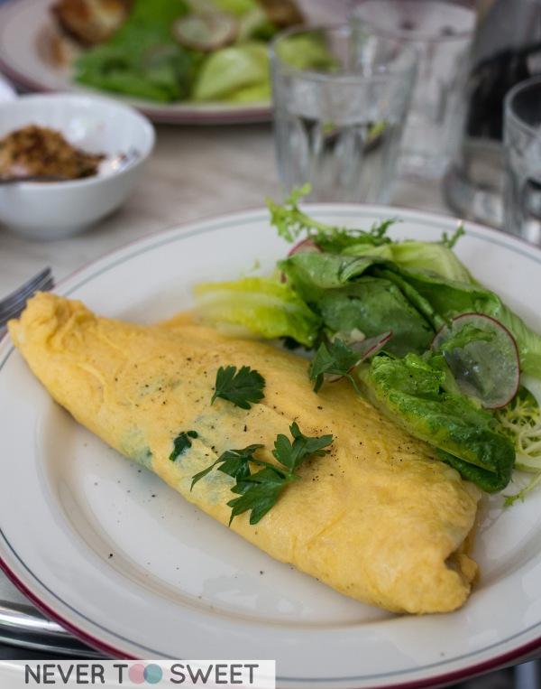 Omelette of fine herbs & Gruyere $16.9