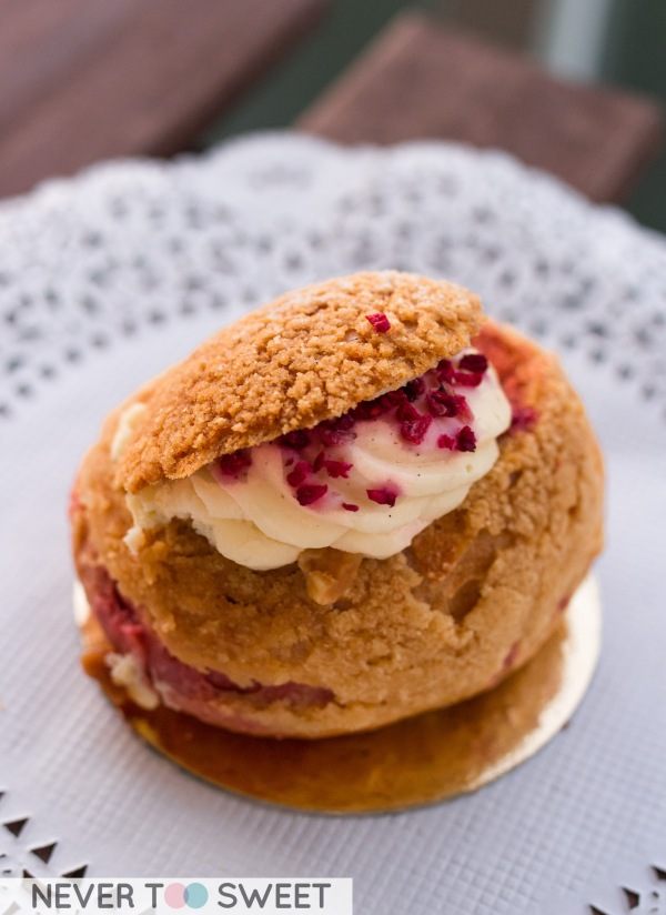 Profiterole with cream cheese filling and freeze dried raspberry